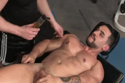 Muscle Bear butthole With butthole cumshot
