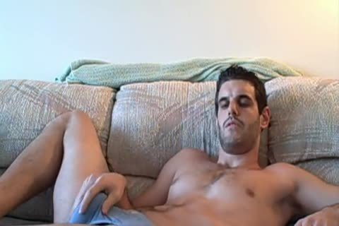 non-professional Straight lad SUCKS OWN shlong and widens backdoor ...HOLY SHIT !! yummy !!