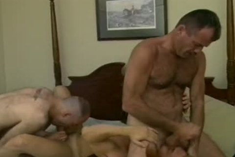 Drew Larson Rides His Loverman\'s Face To gigantic O