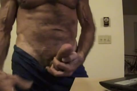 Flex Muscle And wank On web camera Chat