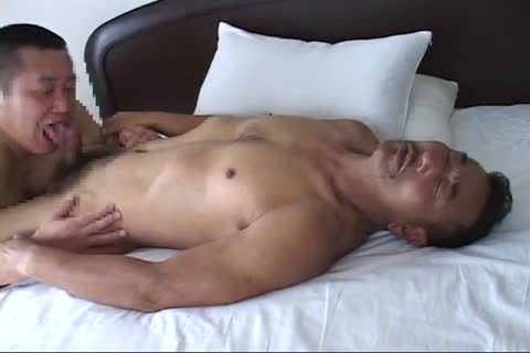 oriental Daddy Bear And Muscle Daddy Enjoying smutty Sex (pt. 1)