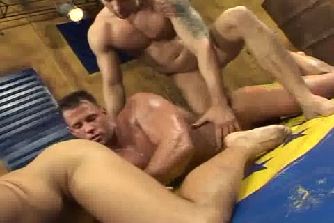 Wrestle Hard Twins With Hunk