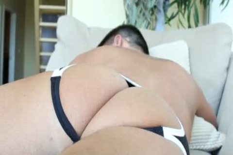 GayRoom Tw-nk's butthole Is Hungry For massive 10-Pounder
