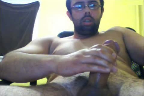 This Time Puts Camera Up Close On The Tip Of His Mushroom oral-sex. Let Me Know If u Like.
