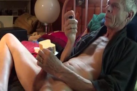 Estim Sounding cock sex love juice discharged 6-28-15. First Time In Weeks With The Electric Sounding cock. Terrific Release With inner Prostate Massage.