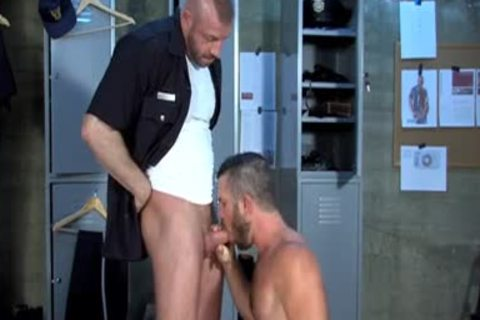 Muscle Stepfather doggystyle