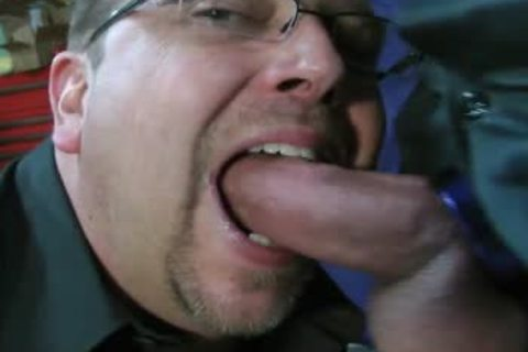 TEN MINUTES OF IN-YOUR-FACE, large, SLOPPY, SLIPPERY, weenie-SLURPIN' ALL-MALE oral sex joy-service ACTION WITH ROB BROWN.  I'M completely LOVIN' THAT large VEINY PIECE OF schlong!