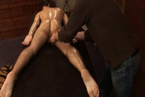Mirek Mastel acquires Massage