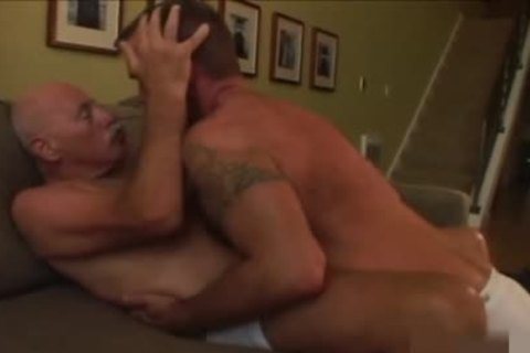 daddy twink shoots his semen In The jo-bag whilst nailing A Daddy