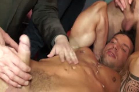 Euro Hunk Drenched In sperm During fuckfest