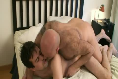 Latin Bear Daddy Rubs And Bb Cub