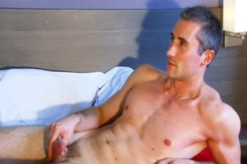 Full video scene scene: A admirable blameless straight chap Serviced His large cock By A chap' Data-thumbnail=