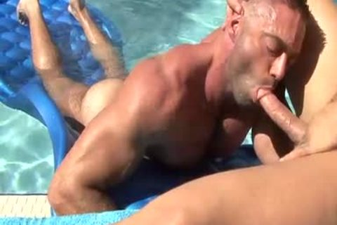 They Are Clear To engulf dick In The Pool
