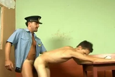 Nasty twink dude bonks a cop in prison