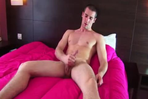 Full clip scene: A blameless straight Roomservice lad Serviced His large ramrod By A lad!