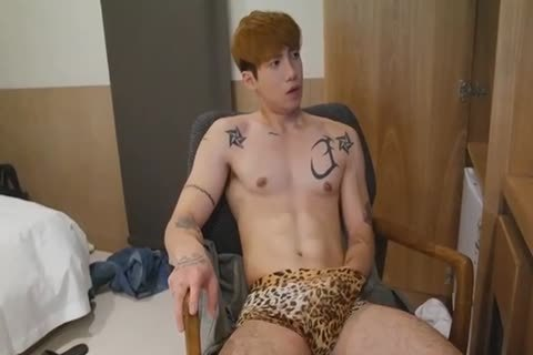 nasty Korean man Jerking