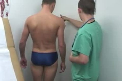 Doctor jerk off Tube And lad acquires A Medical Examination gay Snapchat His