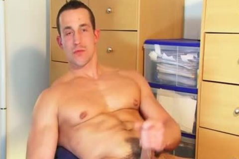 Full clip: A blameless straight Delivery lad Serviced His large 10-Pounder By A lad!