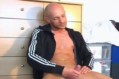 Full video scene: A good innocent Gym guy Serviced His large ramrod By Us.