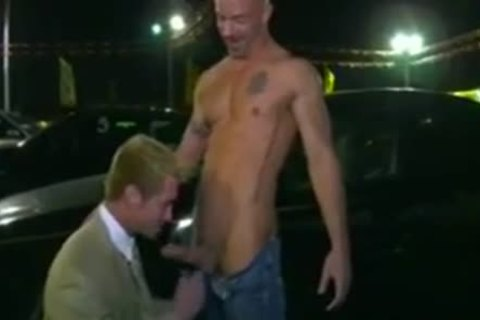 Car Salesman fucked On Lot