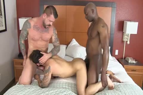 Champ Robinson, Draven Torres, Rocco Steele - Awesom 3some unprotected