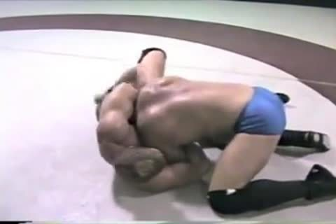 Buff Mat Wrestling