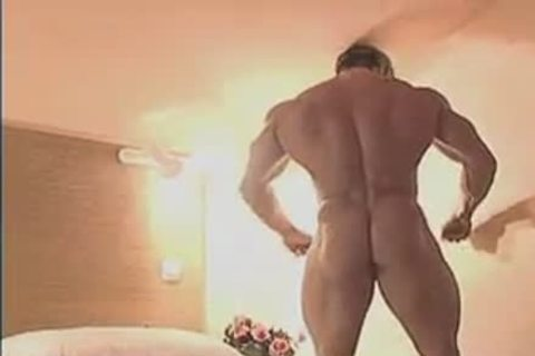 dirty Muscle Hunk In Birthday Suit And Touching Himself