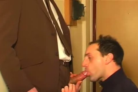 Full video scene: An innocent Worker Serviced His large dick By A chap!