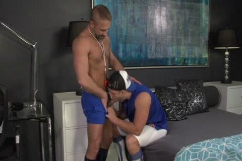 Muscly Juvenile Hung Oversexed gay jock Rides The Dilf coach In His Pooter
