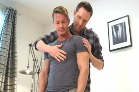 Muscle homosexual blowjob And cumshot