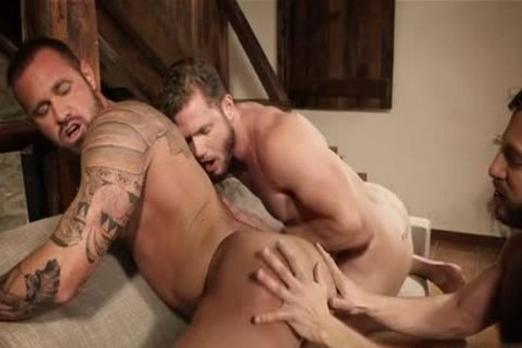 Muscle homosexual threesome With Creampie