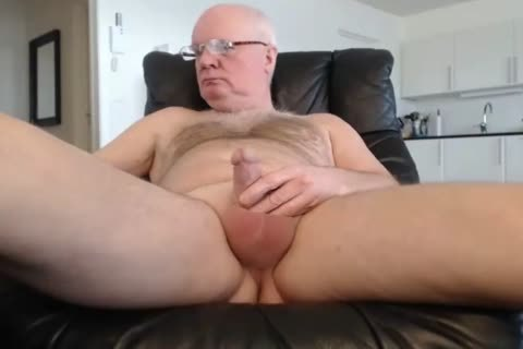 grand-dad cum On webcam