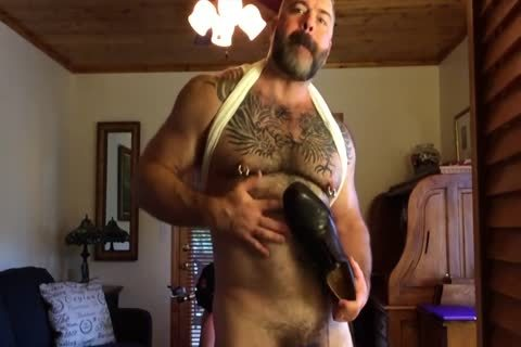 Suited Muscle Bear daddy Jerks Off