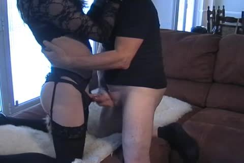 Petgirl Crossdresser screwed By daddy dom