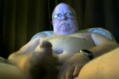daddy chap love juice On cam