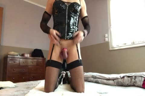 Sissy Plays With Her snatch