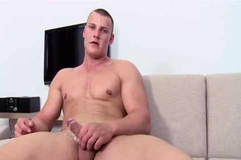 Muscle Daddy Casting And cumshot