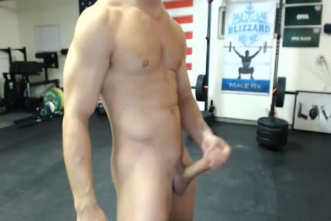 gracious Military man Shows His ass And Cums