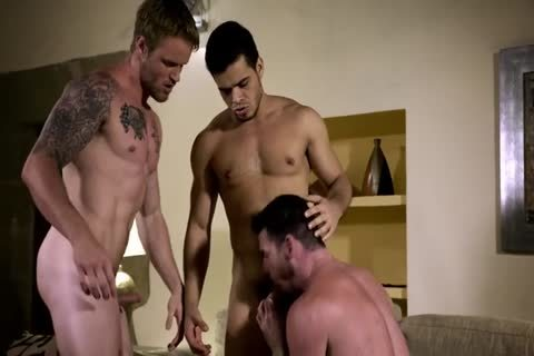 handsome naked 3some