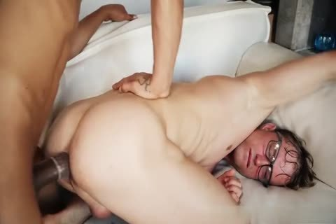 Rodrigo's big knob Destroys Geek Lad