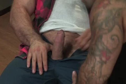 Muscle Bear pooper And pooper cumshot