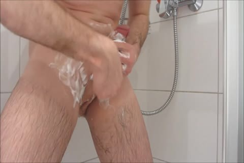 Daniel DuBelmont - Shower Shaving And Masturbation enjoyment
