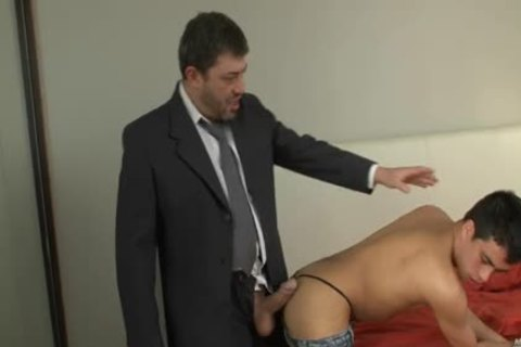 Straight large rod Daddy Shows Bubble Bottom How To pound