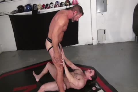 kinky Daddy Dominates A long-haired Younger guy