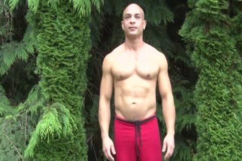 nasty Bald Muscle guy Shows Off His 9-inch Sausage