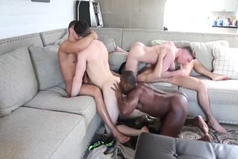 Five Bubble-butted-males fuckfest