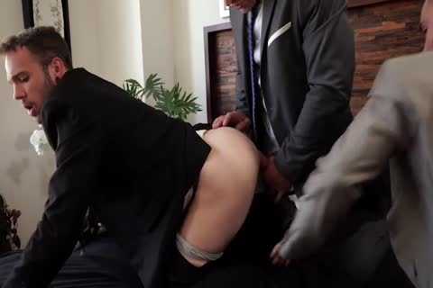 Gentlemen 26: long, Hard Hours – Jeffrey Lloyd, Andrey Vic And Drake Rogers' raw Threew