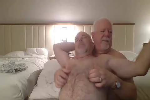 Daddies Play On web camera