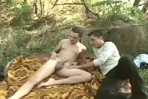 Two delicious twinks Share An Intimate moment In The Woods