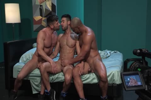 homosexual Pornstars Bruce Beckham, Jason Vario And Mick Stallone In homosexual Male Porn Tube movie scene